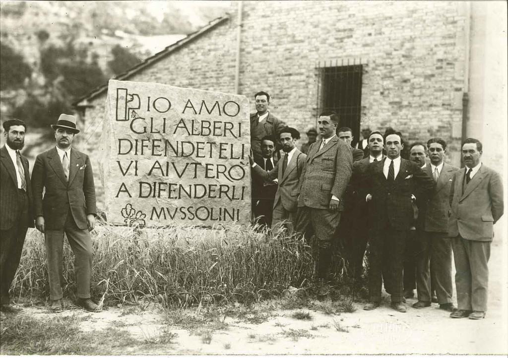 Foto 3. Appennino tosco-romagnolo, epoca fascista. Fonte: Archivio Consorzio di Bonifica della Romagna Occidentale – sede di Faenza.